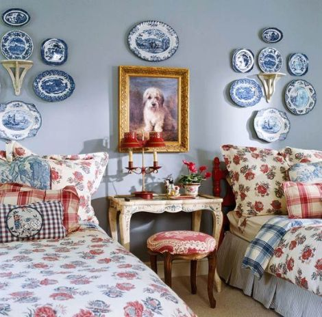 Charles Faudree designed bedroom in blue and white and red