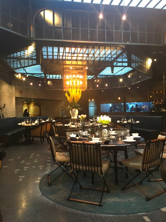 Mott 32 for Dim Sum in Hong Kong via The Potted Boxwood