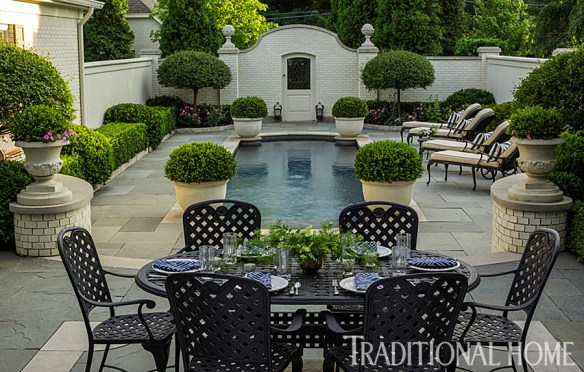 Douglas Hoerr designed garden via Traditional Home 6