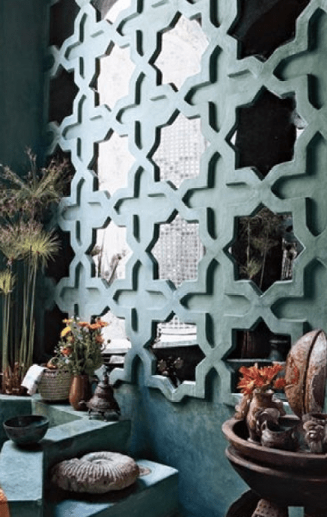 Moroccan Influence of Mirrors via AD