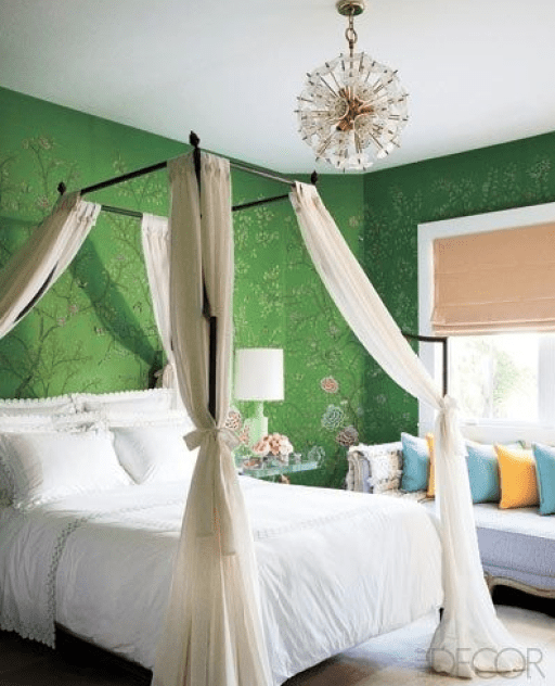 Green chinoiserie bedroom via Elle Decor
