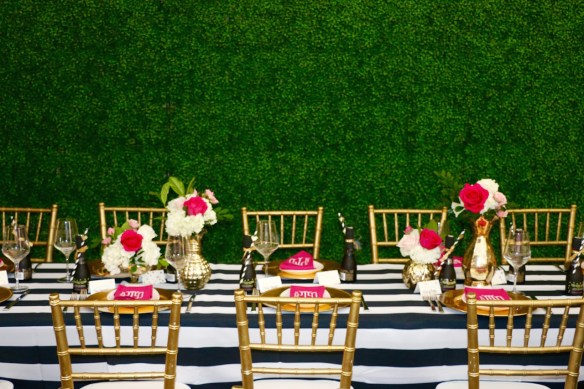Boxwood Garden Walls for Luncheon