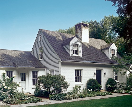 Beautiful white cape cod home via Elle Decor 3