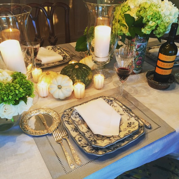 thanksgiving-tablescape-by-the-potted-boxwood