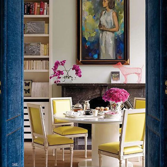 Round dining area via Elle Decor
