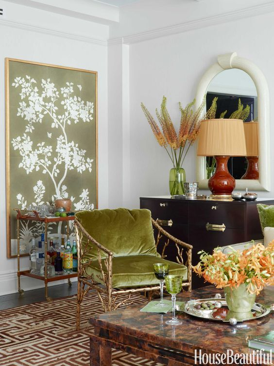 chinoiserie panel in a living room via House Beautiful