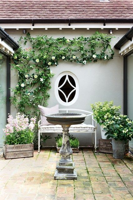 small garden House and Garden UK