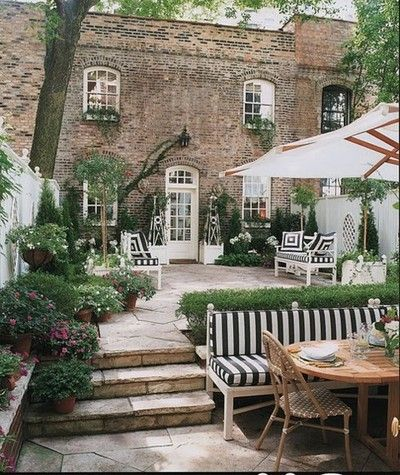townhouse garden via Pinterest