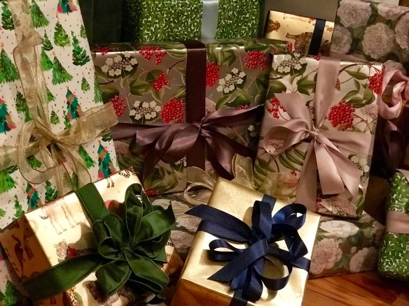 Caspari gift wrap for The Potted Boxwood 5