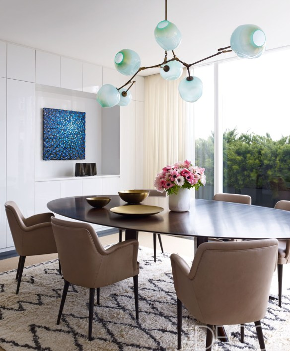 Dining table via Elle Decor