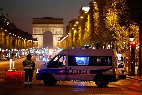 Champs Elysées - ThePrairie.fr !