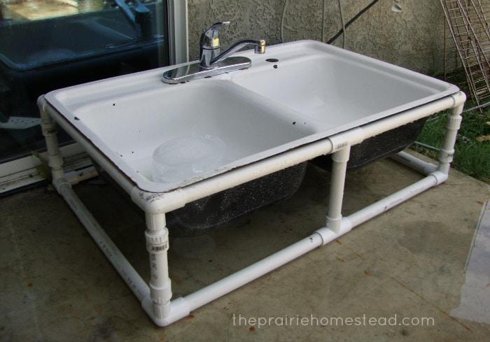 Repurposed Kitchen Sink Dog Bowl O The Prairie Homestead