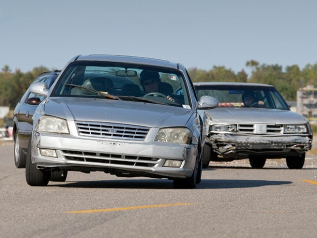 6-cases-that-show-why-you-should-always-have-a-gun-in-your-car-evasive-driving-661x496