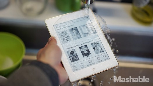 Mashable shows the Nook is in fact waterproof by running a simple test.