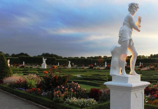 Herrenhausen Gardens Hanover evening - photo zoedawes