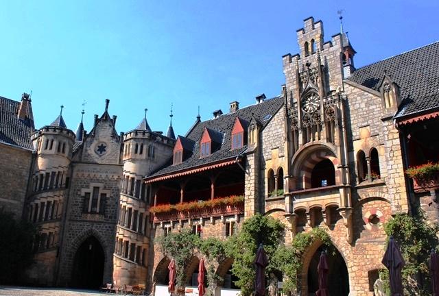 Marienburg Castle courtyard - lower saxony - zoedawes