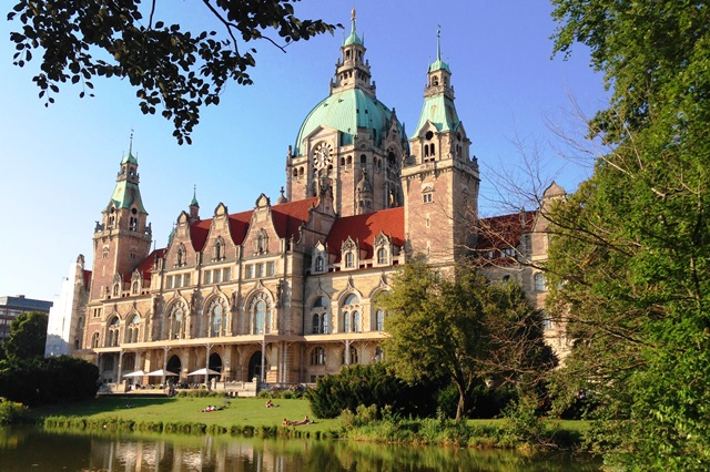 New Town Hall Hanover Germany - zoedawes