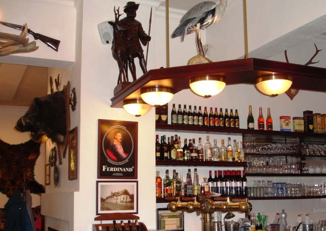 Stara Myslivna Restaurant Bar - Konopiste - czech republic - zoedawes