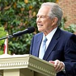 Creep of the Week: Pat Robertson for heterosexuality with demonic possession