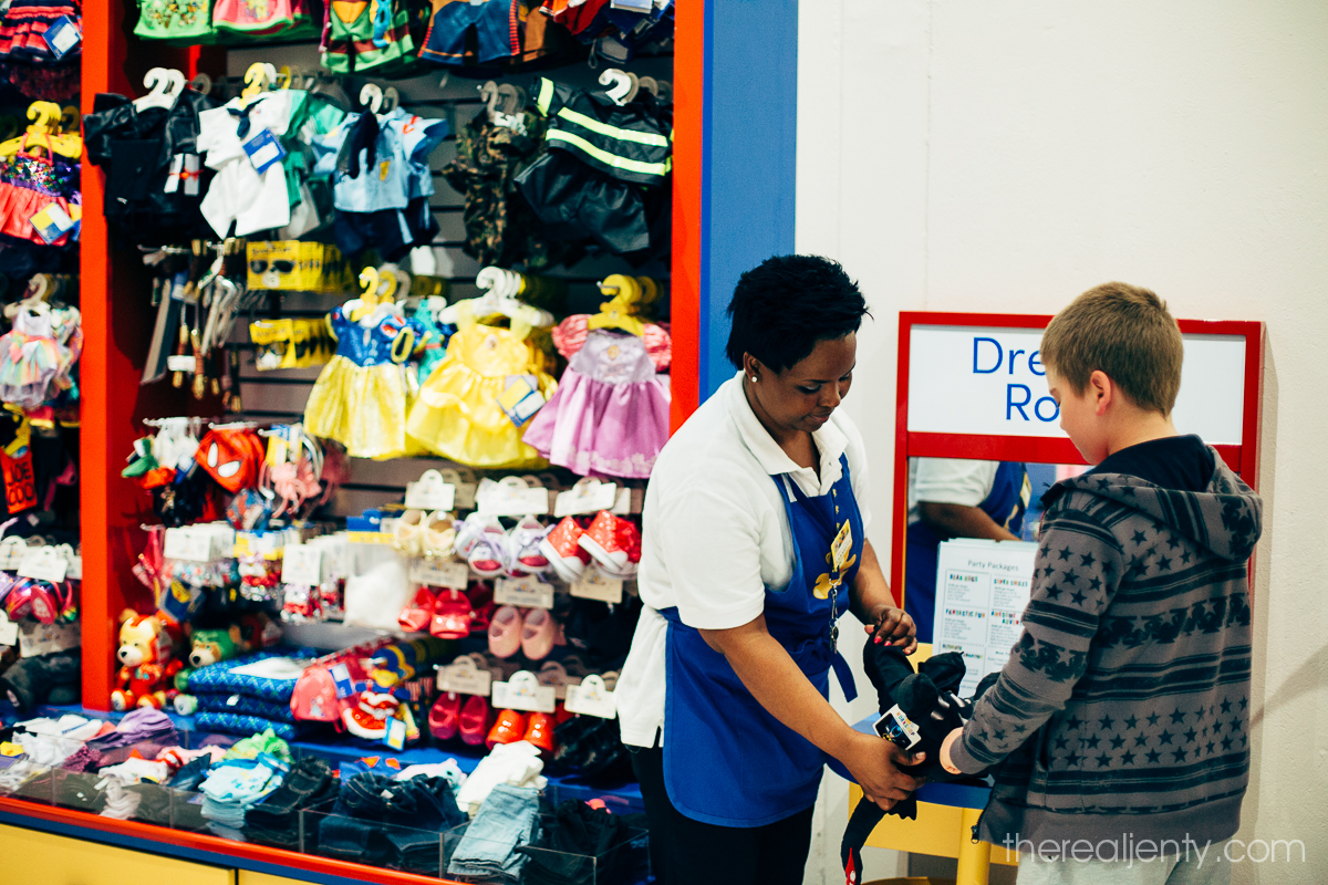 build-a-bear-with-connor-017