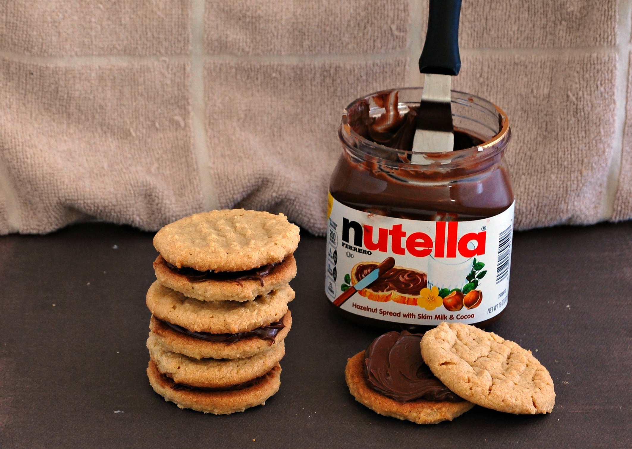 Chocolate Day Hd Wallpaper Peanut Butter Nutella Sandwich Cookies