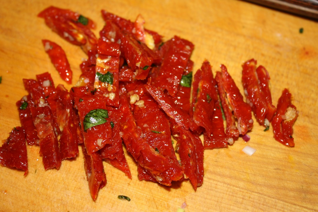 sun dried tomatoes sliced