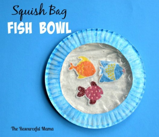 This squish bag fish bowl will be so fun for your kids to make and then squish to move the fish around their fish bowl.