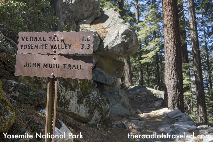 Trailhead sign in Yosemite National Park