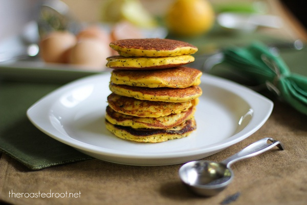 Paleo Sunday Morning Lemon Poppy Seed Pancakes