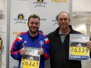 Dave and Tom picking up bib numbers