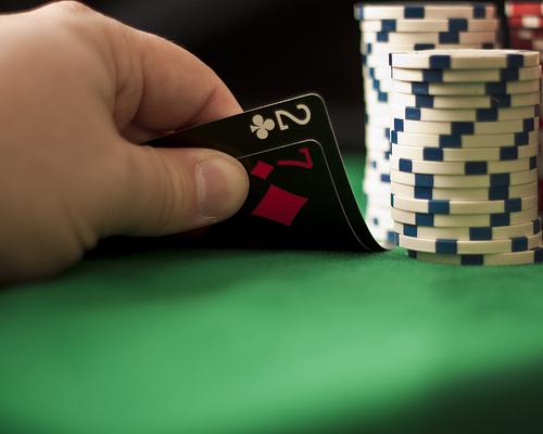 7 2 poker