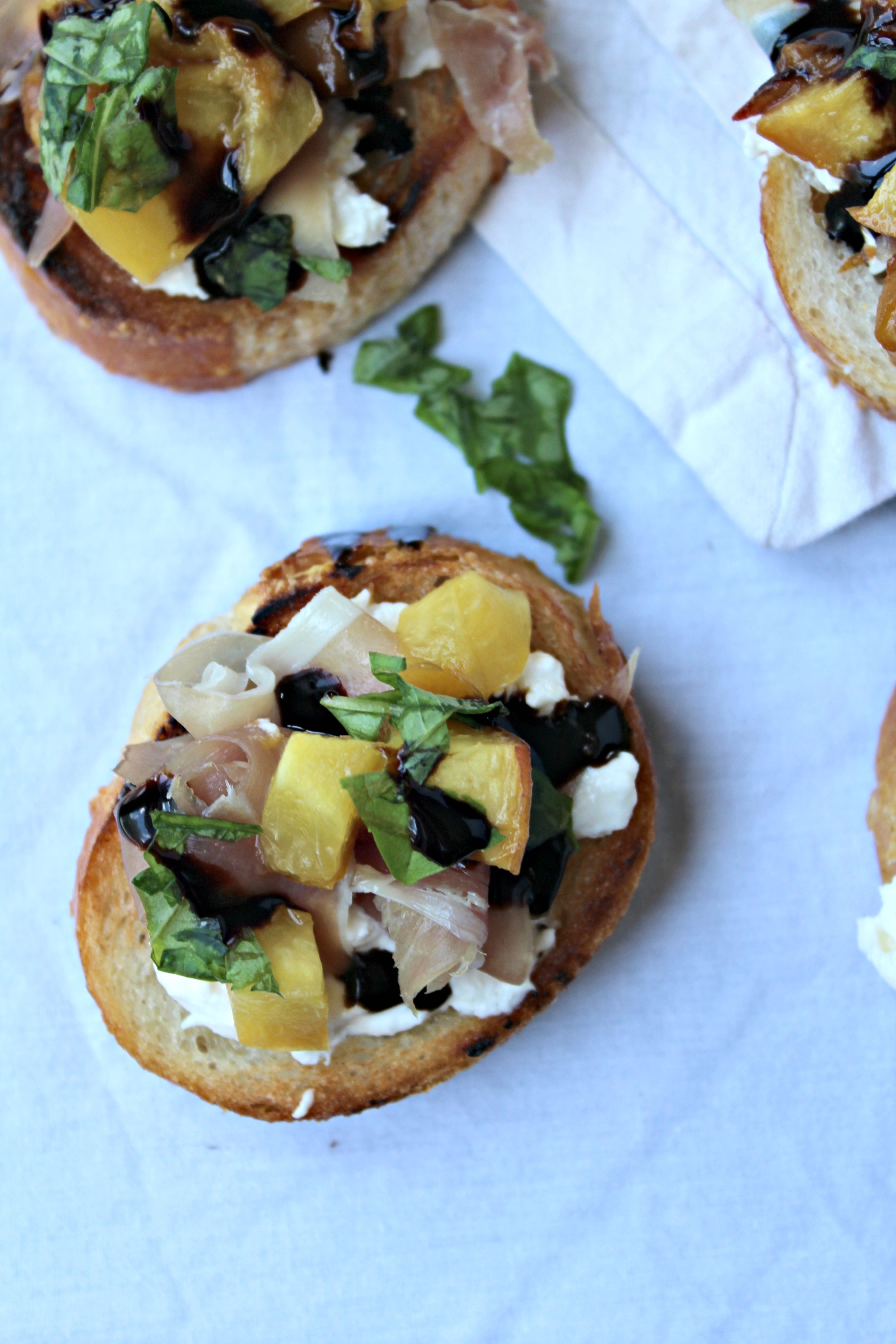 Roasted Peach Crostini with Burrata, Prosciutto, and Basil - The ...
