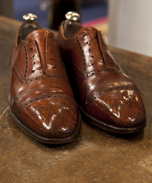 How To Repair Dress Shoes Scratch
