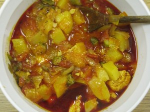 Angolan stew with palm oil: muamba