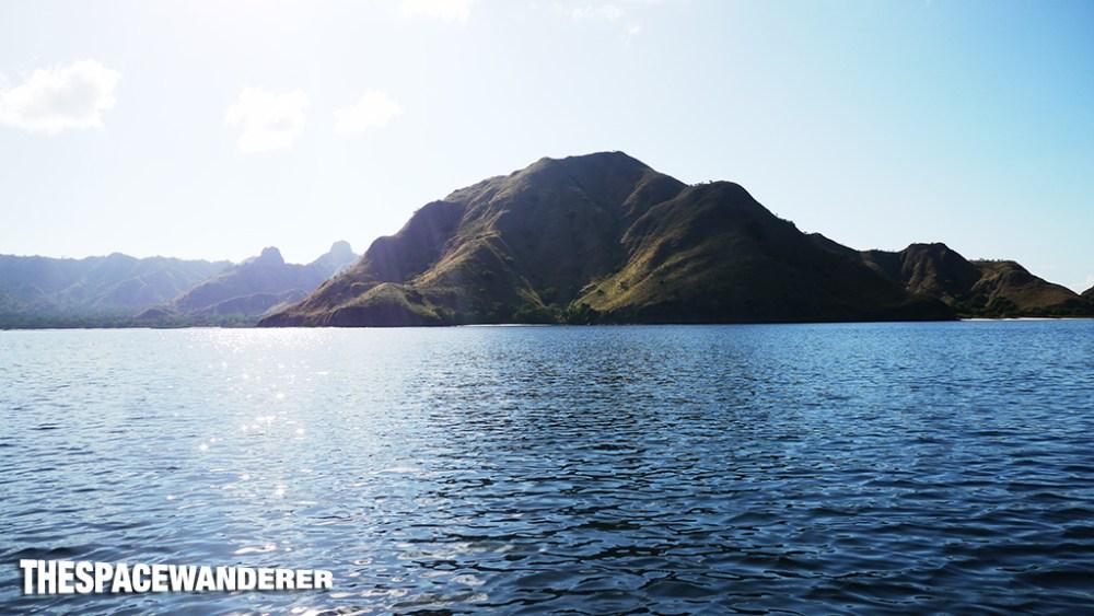 komodo-island-20-pre-historic-island