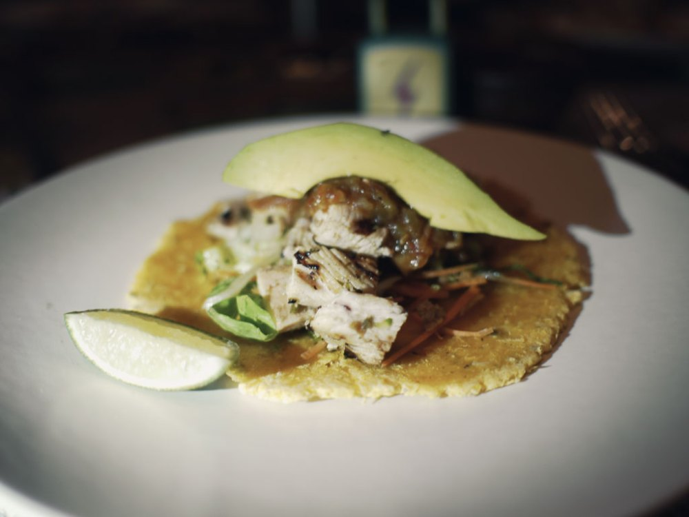 De Pollo (Chicken) Chicken Tinga with chipotle Lime-grilled chicken breast Achiote marinated and grilled chicken breast