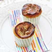 Comfort in 1: Vanilla Bean Coffee Cake Muffins