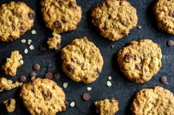 Cheery Low Calorie Chocolate Chip Oatmeal Cookies 2238527 9 5b0dade2eb97de00376334e0 Low Calorie Chips Recipe Low Calorie Chips Myproana
