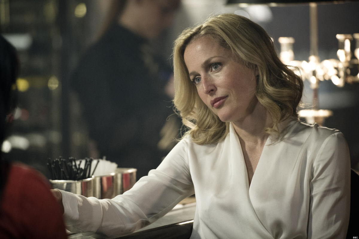 Fall Plate Wallpaper The Truth About Gillian Anderson Toronto Star