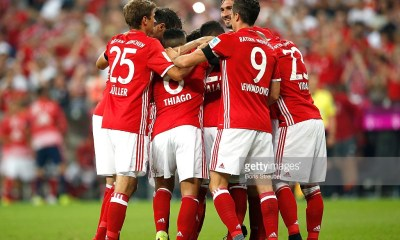 MUNICH, GERMANY - AUGUST 26:The team of Bayern Muenchen celebrate a goal during the Bundesliga match between Bayern Muenchen and Werder Bremen at Allianz Arena on August 26, 2016 in Munich, Germany. (Photo by Boris Streubel/Getty Images)