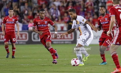 01 OCT 2016: Los Angeles Galaxy forward Giovani dos Santos (10) during the MLS match between LA Galaxy and FC Dallas at Toyota Stadium in Frisco, TX. (Photo by Andrew Dieb/Icon Sportswire via Getty Images)