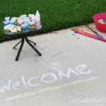Homemade Sidewalk Chalk Paint (Way Fun!)