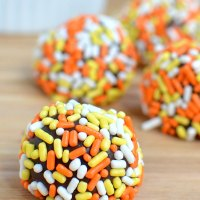 Easy Pumpkin Spice Chocolate Truffles