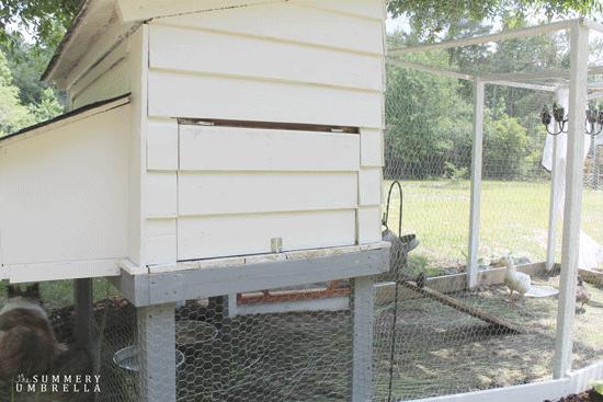 rustic-chicken-coop-17