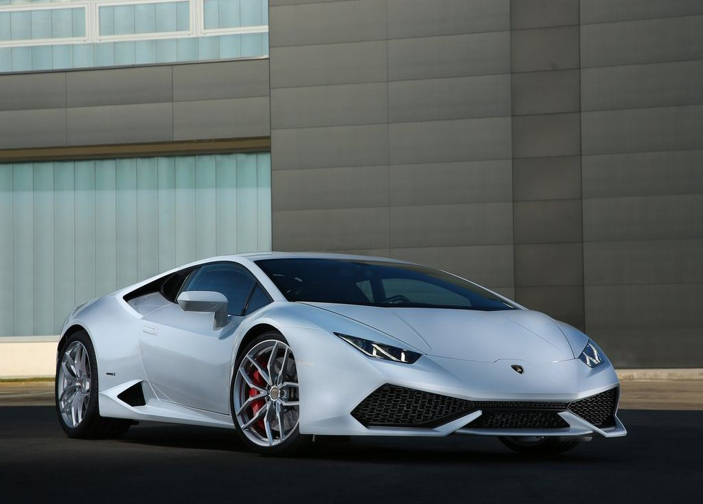 Lamborghini Huracan not as good as a Ferrari 458 Italia?