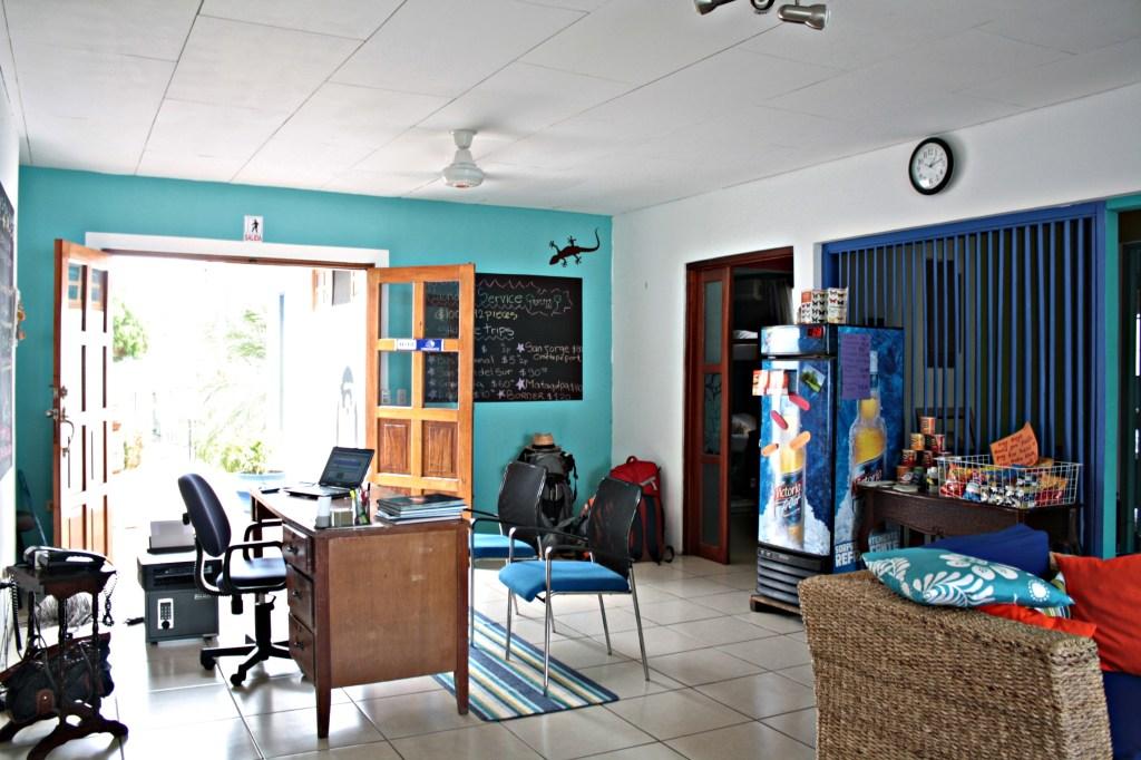 Hotel Maracuya Managua reception area