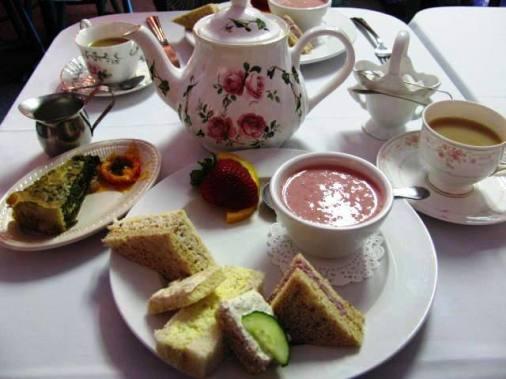 The Elegant Tea, for two