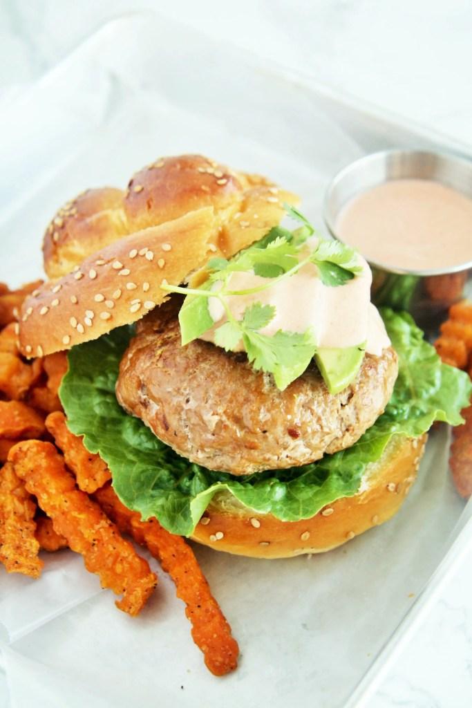 southwestern-turkey-burgers-chipotle-aioli-5