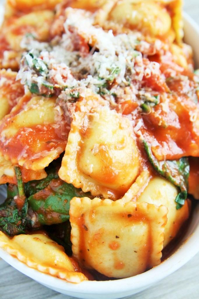 spinach-tomato-ravioli-bake-4
