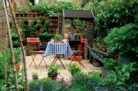 Find your niche in a magical small garden | Ireland | The ...